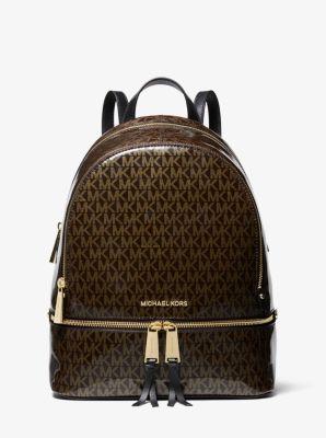 마이클 마이클 코어스 레어백, 미디움 백팩 - 브라운/골드 Michael Michael Kors Rhea Medium Glossy Signature Backpack,BRN/GOLD