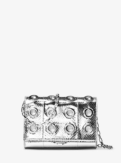 Pochette Yasmeen piccola in pelle di serpente metallizzata con anelli by Michael Kors