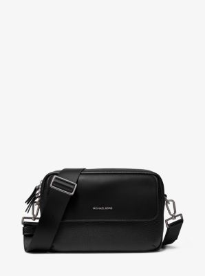 마이클 코어스 맨 크로스바디백 Michael Kors Mens Hudson Pebbled Leather Crossbody Bag,BLACK