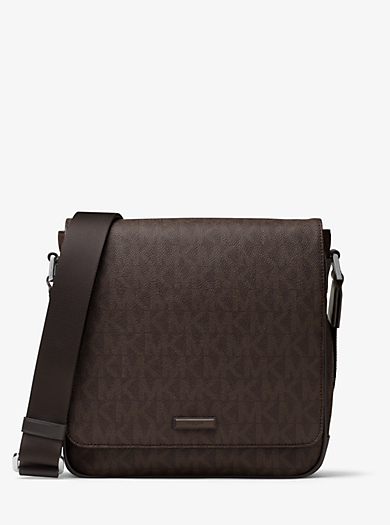 Jet Set Medium Messenger by Michael Kors