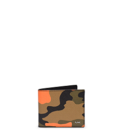 Jet Set Men's Camouflage Billfold