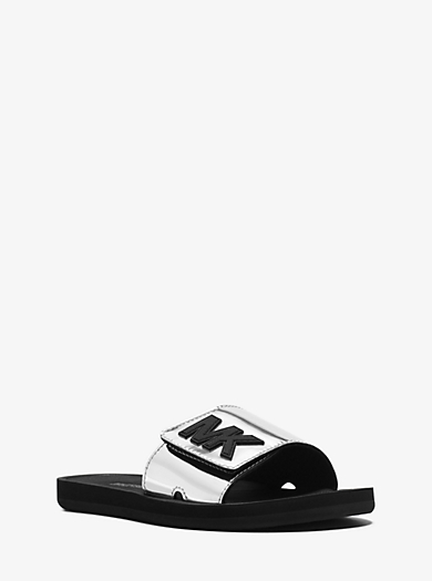Pantolette in Metallic-Optik mit Logo by Michael Kors