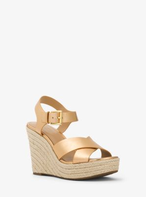 마이클 마이클 코어스 웻지 Michael Michael Kors Kady Metallic Leather Wedge,PALE GOLD
