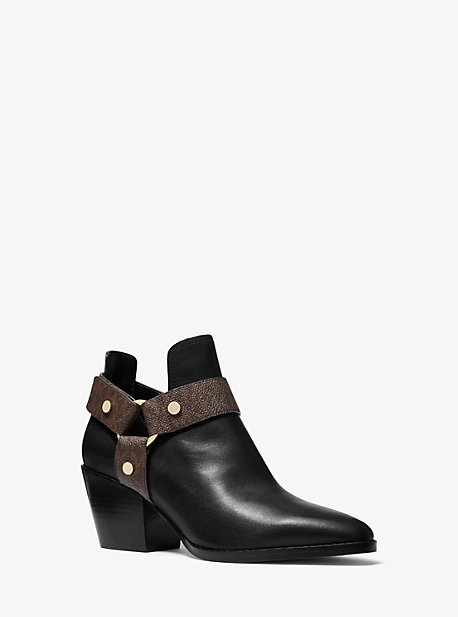 Michael Kors PAMELA LEATHER AND LOGO ANKLE BOOT