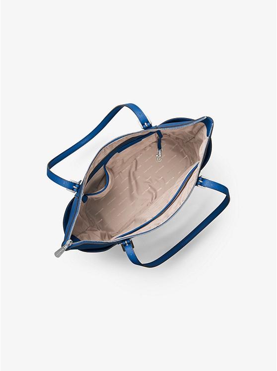 3ada79b2da ... Grand sac à main Jet Set en cuir saffiano avec glissière sur le dessus  ...