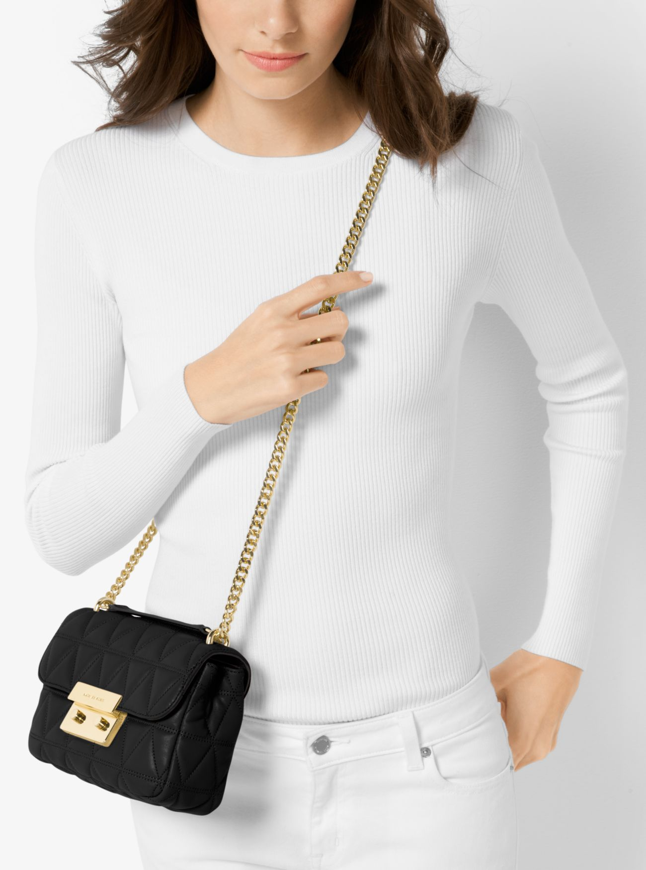 """「MICHAEL Michael Kors Sloan Small Quilted Leather Crossbody Bag black」的圖片搜尋結果"""""""
