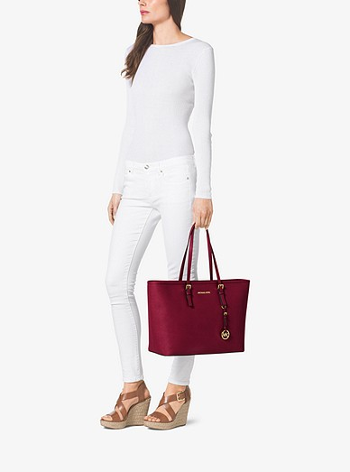 841dcc34af19 Jet Set Travel Medium Saffiano Leather Top-zip Tote