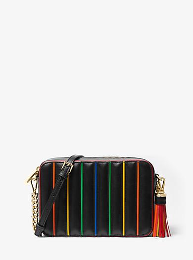 9014a44a72de6 Mittelgroße Kameratasche aus abgestepptem Leder mit Akzenten in  Regenbogenfarben. michael michael kors ...