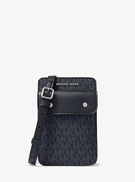 마이클 코어스 맨 로고 폰백 - 2 컬러 Michael Kors Logo Smartphone Crossbody Bag