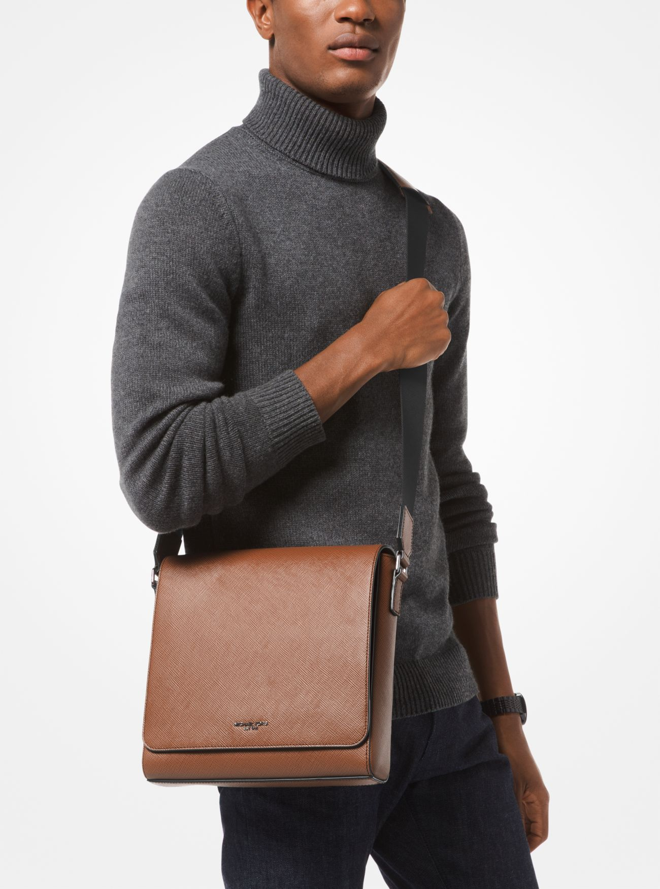 63cf4a20f3c8c ... Harrison Medium Leather Messenger Bag. Michael Kors Mens