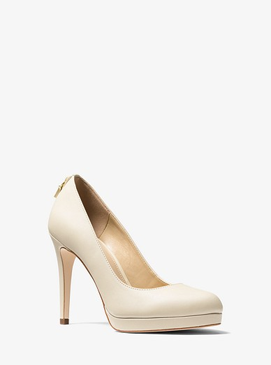 aeeeb222a277 Antoinette Leather Pump