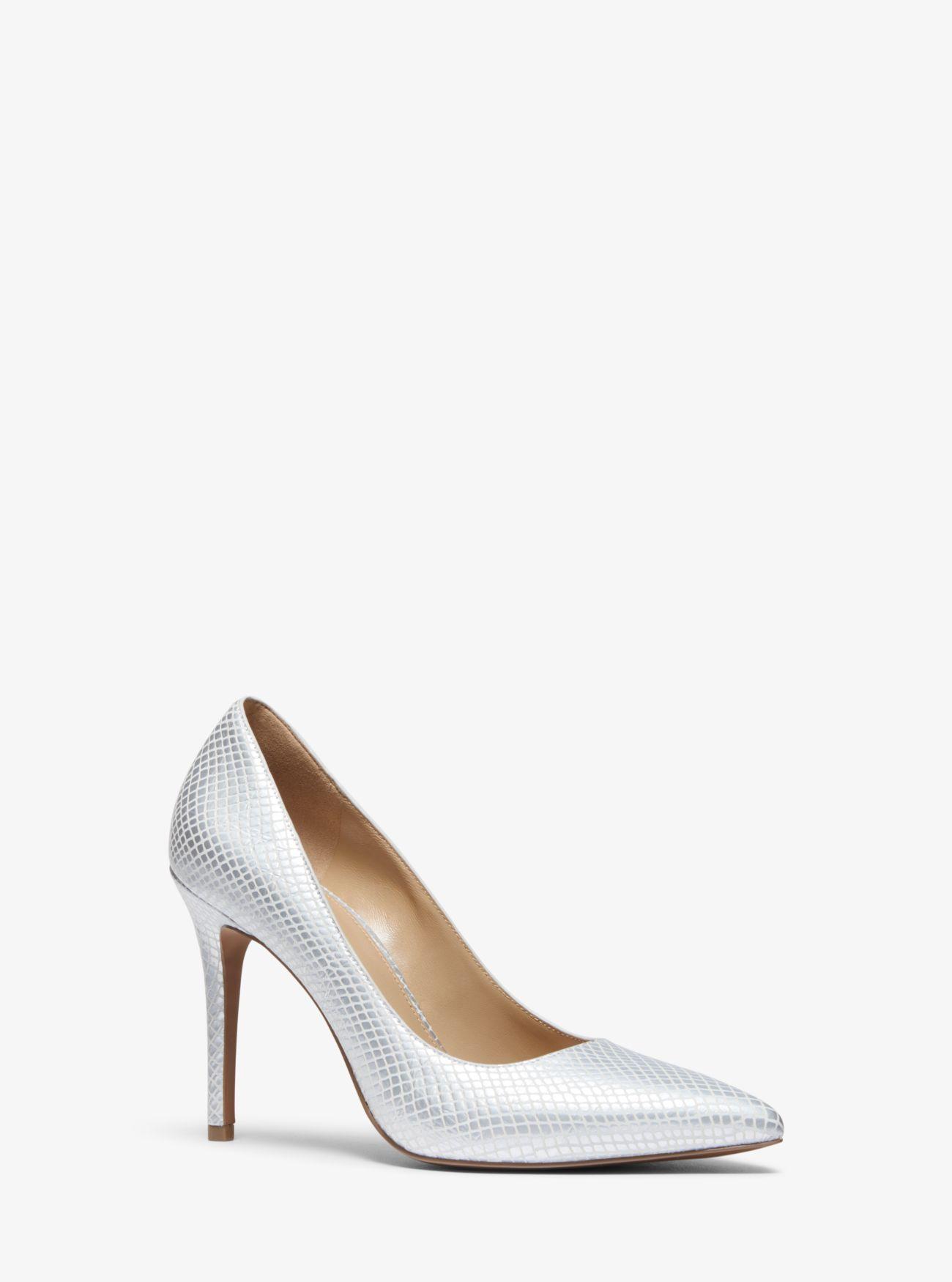 88a6a7ff6f7 Zapato de salón Claire de piel en relieve metalizada con motivos de  serpiente ...