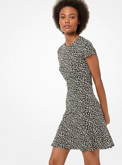 Vestido de punto liso elástico con estampado de camuflaje y volantes 920b05e8713a