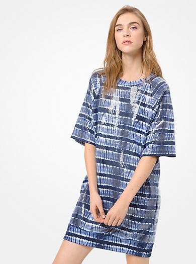 Como combinar un vestido de encaje corto